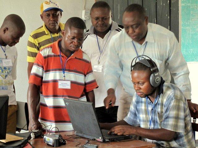 Pérennisation des radios communautaires en RDC : formation pratique à Mbankana dans Documentation img1712