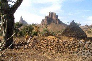 L'Association des Producteurs Audiovisuels Indépendants du Cameroun (APAIC) veut aider les radios communautaires dans Cameroun voyage-cameroun-3-300x199
